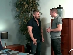 Handyman makes out involving a hunky beggar
