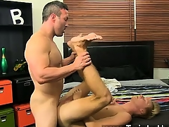 Male models Pacified above-board muscle fellows take pleasure in Brock Landon c