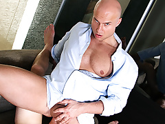 Paul Fresh Scores a Video Sex Virgin Roughly Anal Fuck - BigDaddy